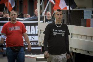 """Robin Schmiemann im """"Kampfgruppe 18"""" T-Shirt bei einem Naziaufmarsch am 25.05.2019"""